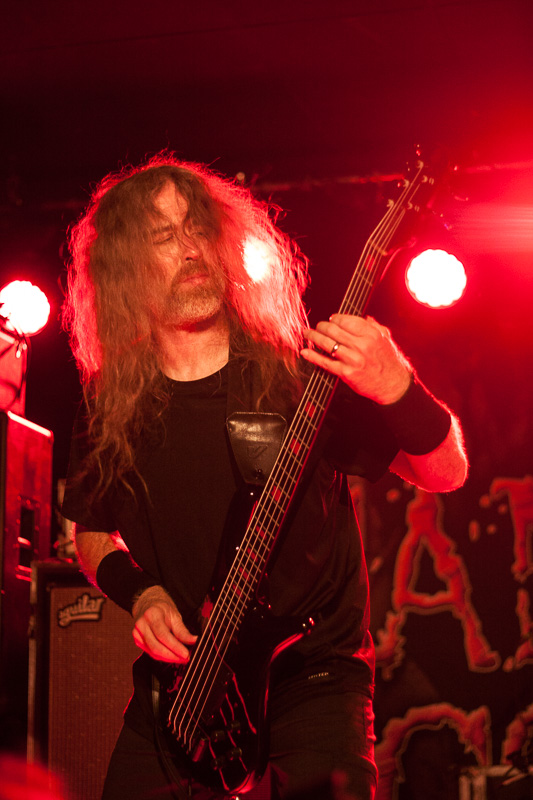 Cannibal-Corpse-1
